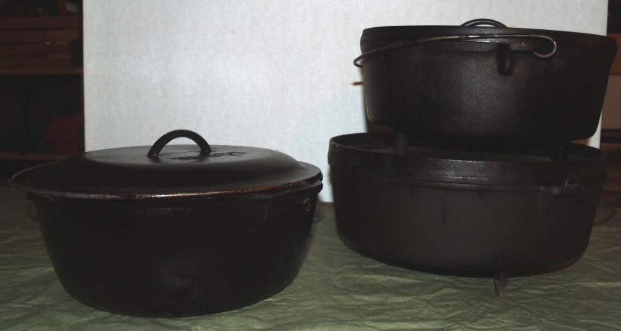 kamp kitchen - dutch ovens